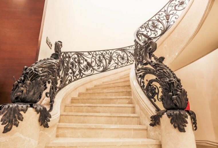 欧式风格别墅设计怎么做?欧式别墅装修应该注意什么?